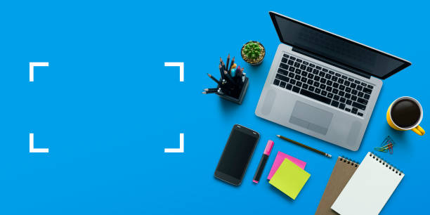 office workplace with laptop, notebook, office supplies and stationery on blue background. solution, business planning, creative, design, learning, start up or working flat lay top view concept. - post it notes zdjęcia i obrazy z banku zdjęć