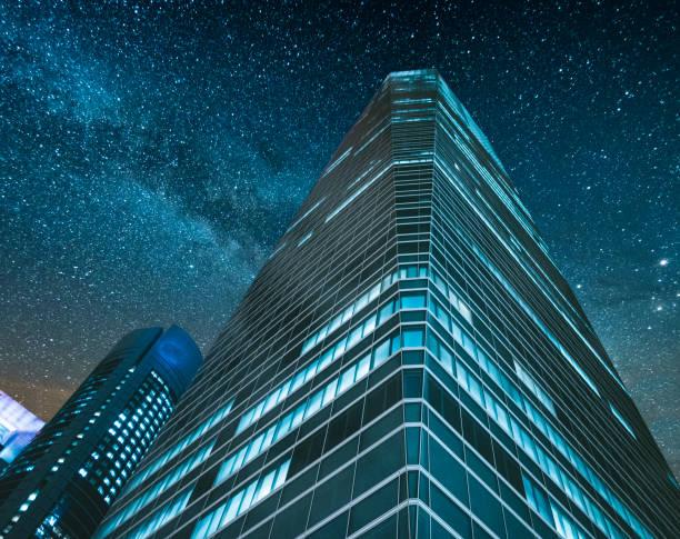 kontor på natten - fönsterrad bildbanksfoton och bilder