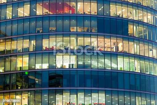 istock Offices 916679944