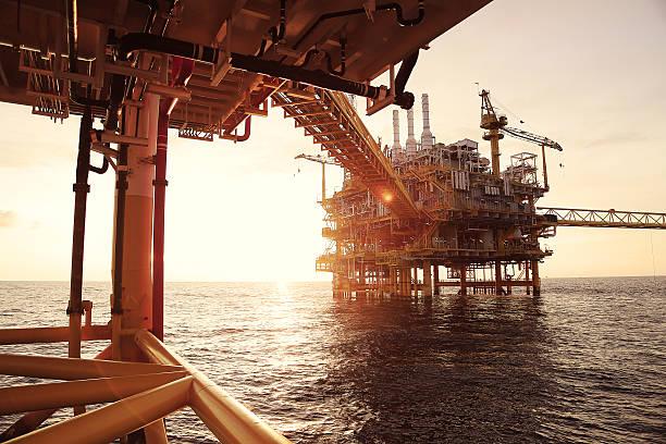Offshore-Plattform für Produktion Öl und gas – Foto