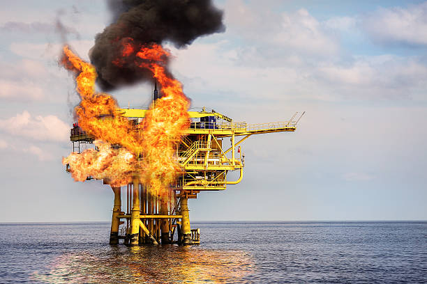 Offshore Oil and Gas Fire Case or Emergency Case – Foto