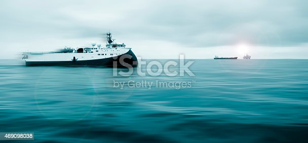 587773316 istock photo Offshore Research Ship Underway 469098038