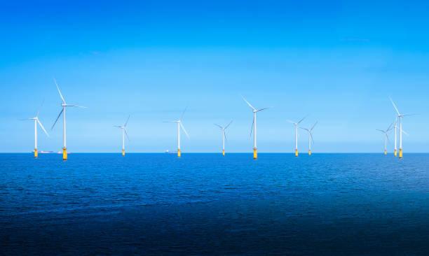 Offshore wind turbine in a wind farm under construction off the picture id916171400?b=1&k=6&m=916171400&s=612x612&w=0&h=hsxnvgibwdvvsfhsnofagpve 6pzfvc9 vzwei0a9t0=