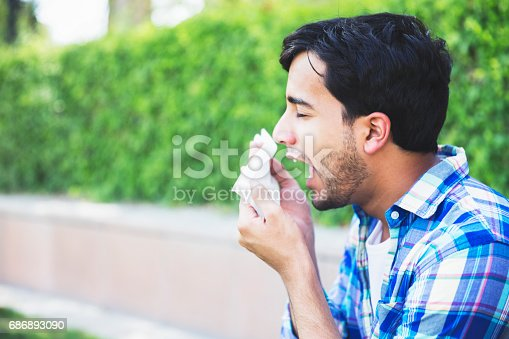 629307146istockphoto Oh no, my allergies are acting up! 686893090