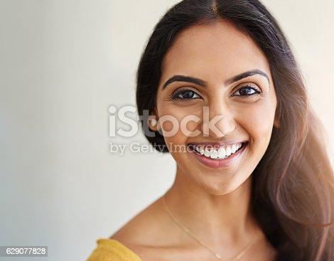 629077926 istock photo Oh, that gorgeous smile 629077828