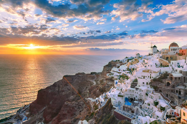 oia or ia at sunset, santorini, greece - caldera bildbanksfoton och bilder
