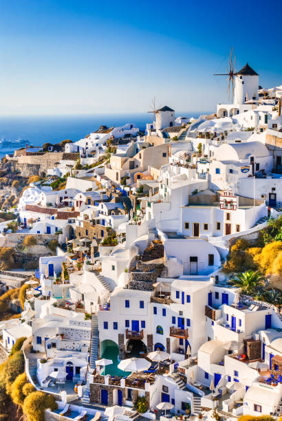 oia, santorini - greece - fira stock-fotos und bilder