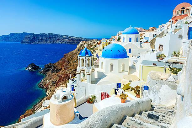 oia (ia) village on santorini island, greece - oia santorini bildbanksfoton och bilder