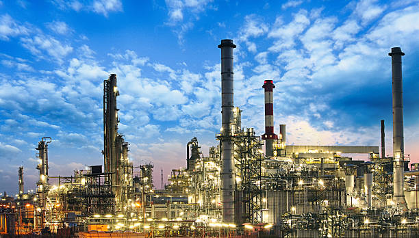 Oil and gas industry - refinery, factory, petrochemical plant Oil and gas industry - refinery, factory, petrochemical plant power station stock pictures, royalty-free photos & images