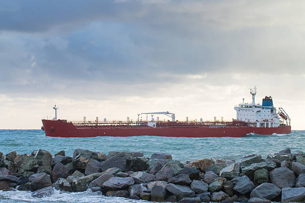 oil chemical tanker  ship arrives in port oil chemical tanker  ship arrives in port in a cloudy day deadweight stock pictures, royalty-free photos & images