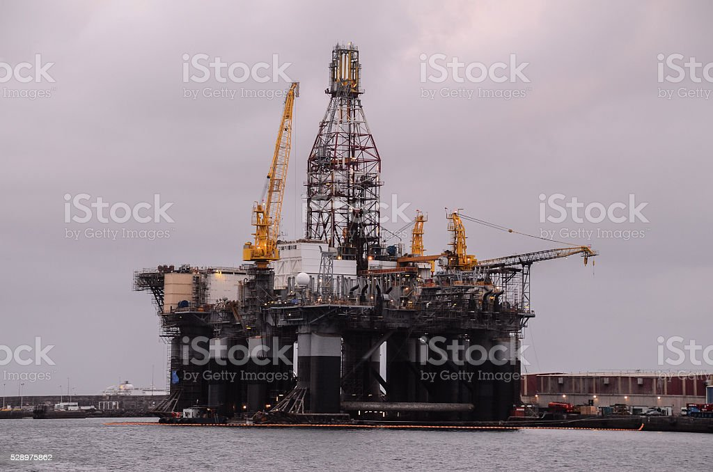 Oil Drilling Rig Silhouette Stock Photo - Download Image Now