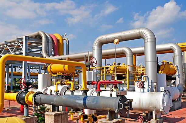 Pole naftowe Rurociągi i zaworów – zdjęcie