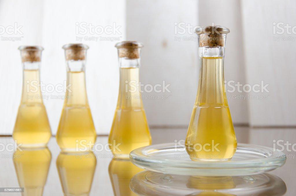 Aceite para la piel y belleza. - foto de stock