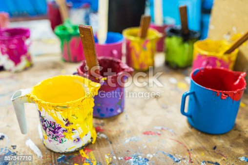 istock Oil paint and paint brushes 887347710