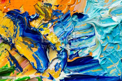 504223972istockphoto Oil paints macro 933169546