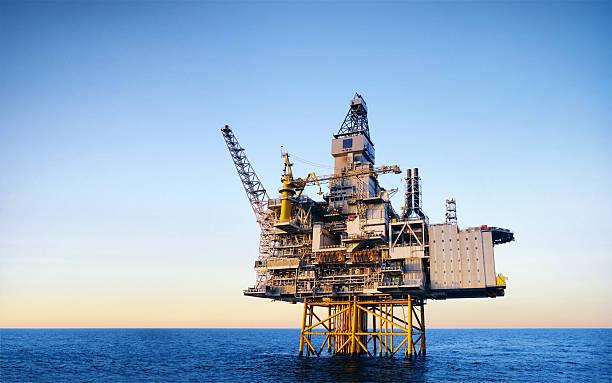 Plataforma de petróleo - foto de acervo