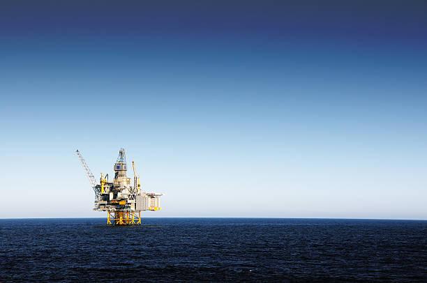 Oil platform picture id157439804?b=1&k=6&m=157439804&s=612x612&w=0&h=sozfm54zz7d874m8utxwjfr64da8gzo7ipii5dsy4yo=
