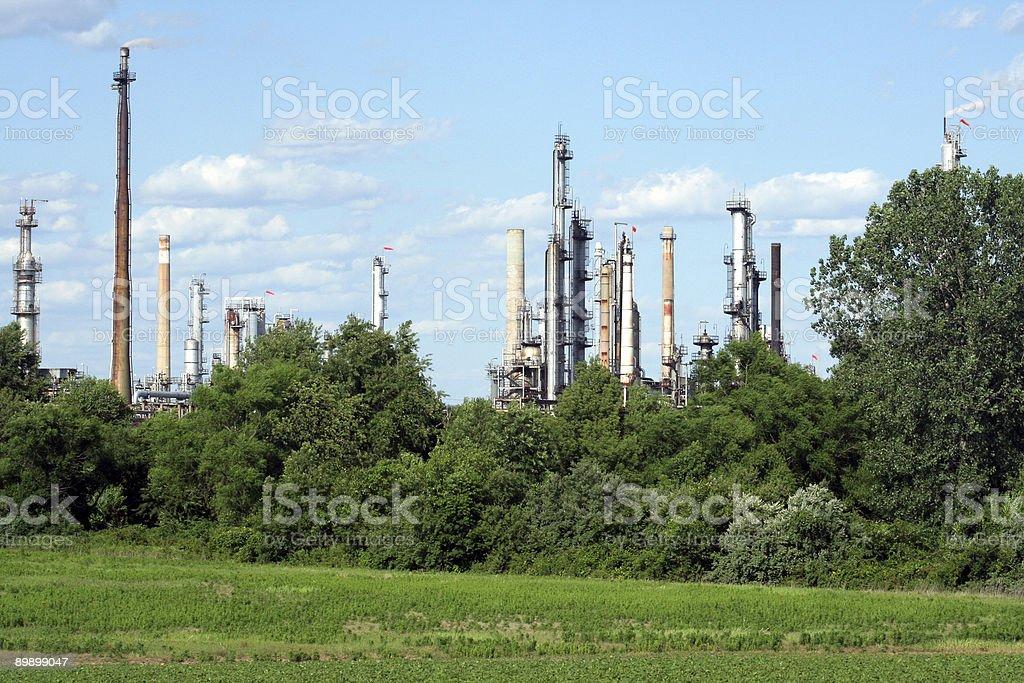 Нефтеперерабатывающий завод Стоковые фото Стоковая фотография