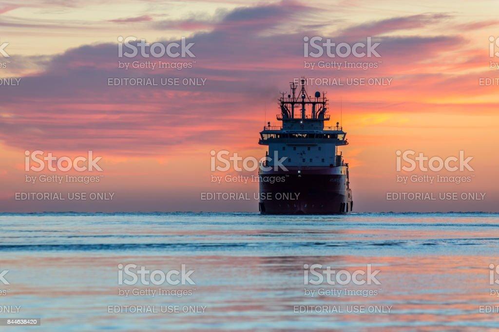 Aberdeen, Scotland, UK, August 30th 2017. Oil service ship enters...