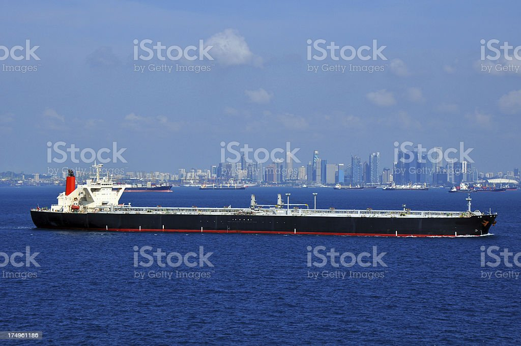 Oil Tanker Singapore Stock Photo - Download Image Now - iStock