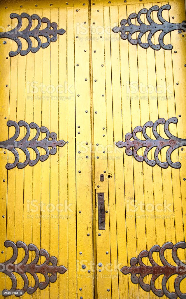 Okay Owingeh Pueblo, NM: Our Lady of Lourdes Chapel Doors foto royalty-free