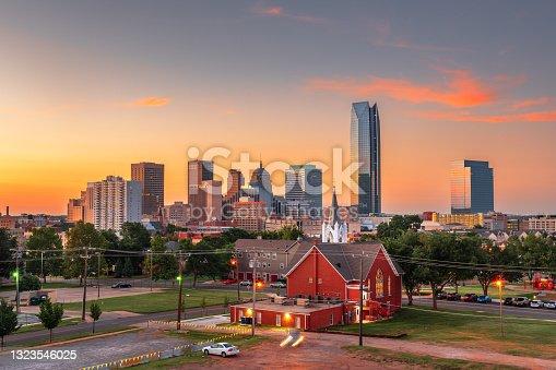 istock Oklahoma City, Oklahoma, USA Downtown Skyline 1323546025
