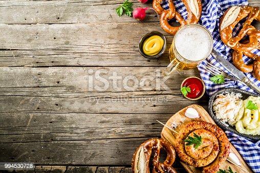 istock Oktoberfest food concept 994530728