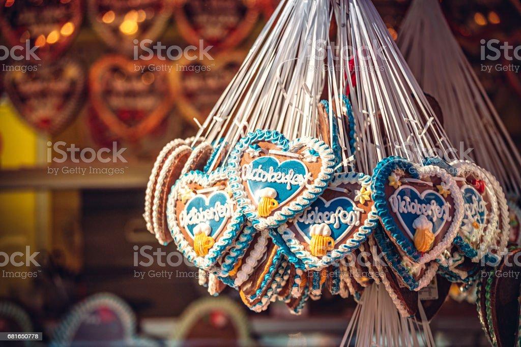 Oktoberfest Gingerbread hearts, Munich, Germany - foto de stock