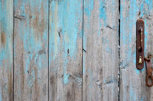Ol wooden door.