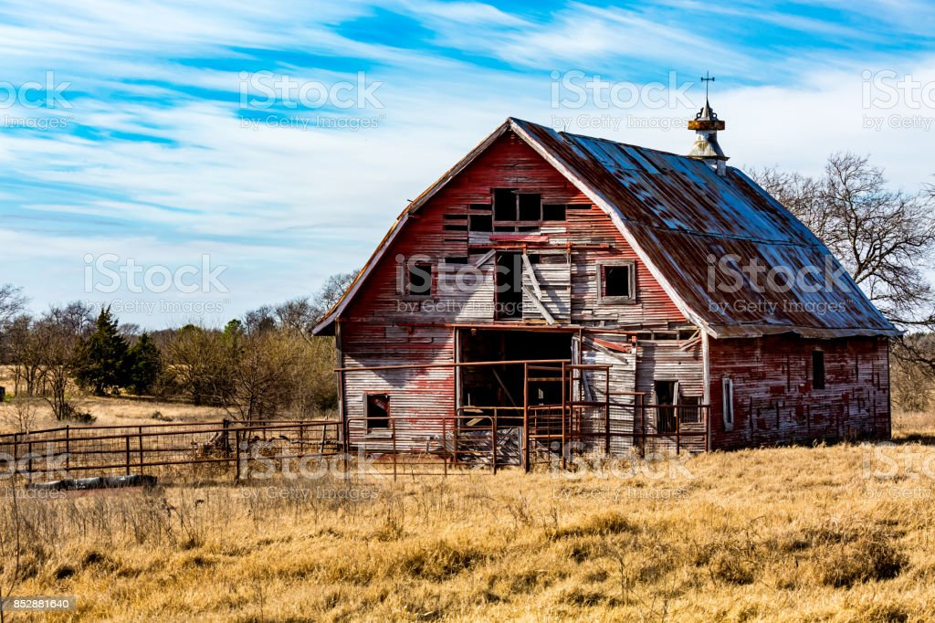 Ancienne grange Abandonded rouge en Oklahoma - Photo