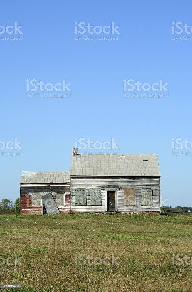 Vecchio abbandonato casa foto stock royalty-free