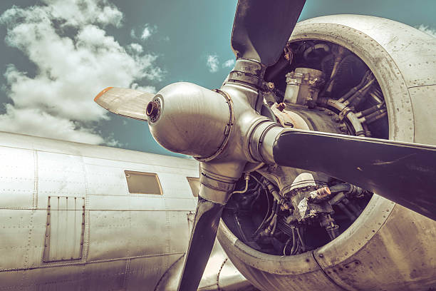 Old aircraft close up Old aircraft engine and propeller close up propeller stock pictures, royalty-free photos & images