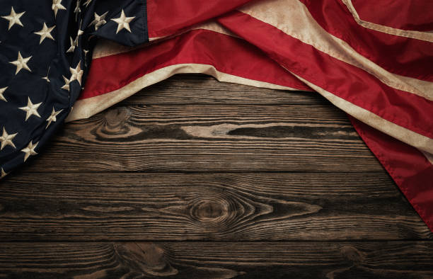 Old american flag picture id947857230?b=1&k=6&m=947857230&s=612x612&w=0&h=cckiesjnarrldubsvcmi3kqqezmiabwcrknn0jfy7e4=