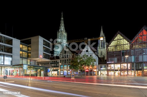 istock Old and Modern Architecture in Ulm, Germany 1008620806