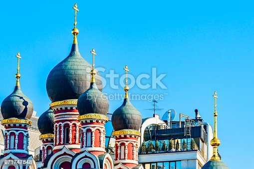 istock Old and new architecture 671747848