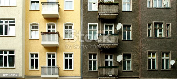 istock Old and new in Berlin 182029236