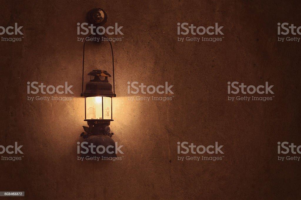 Vieux lampe arabe sur le mur - Photo