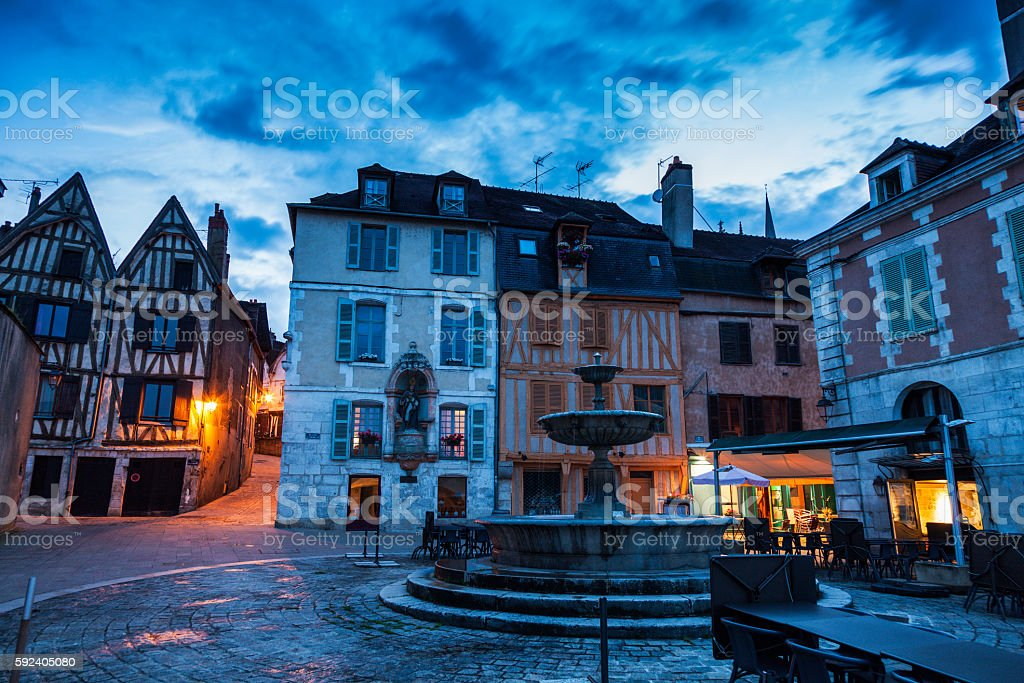 Old architecture of Auxerre - Photo