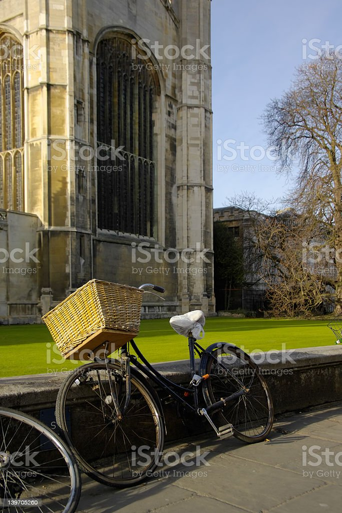 Old bicycle in front of King's college chapel, Cambridge royalty-free stock photo