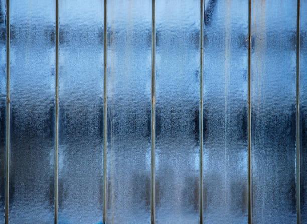 Old blue glass - foto de acervo