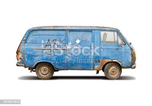 istock Old blue van 187837810