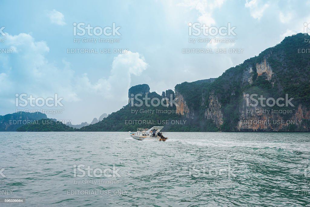 Old boat carrying tourists in Krabi, Thailand Lizenzfreies stock-foto