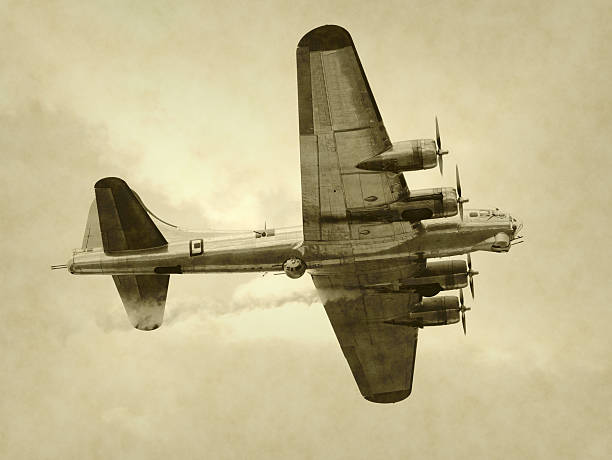 Old bomber  bomber plane stock pictures, royalty-free photos & images