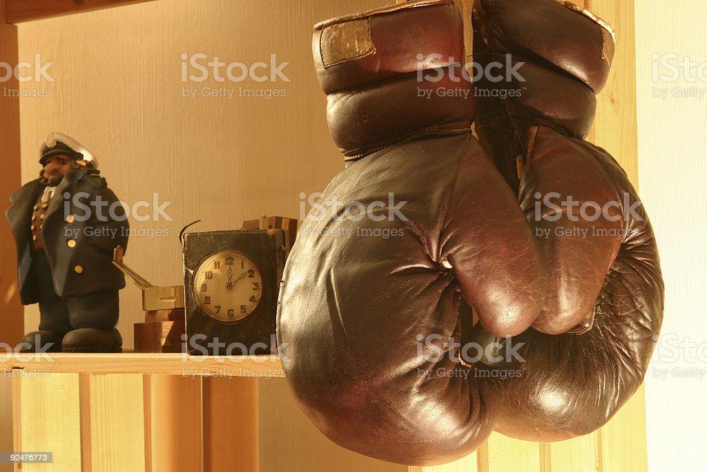 Old Boxhandschuhen auf den Regalen#3 Lizenzfreies stock-foto