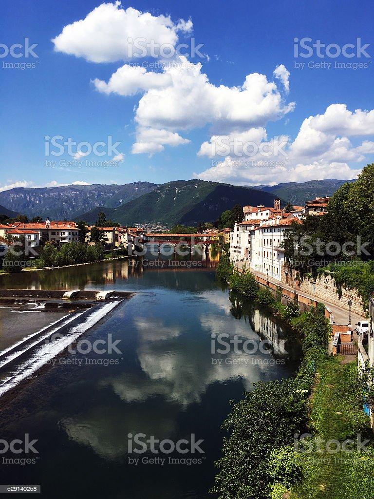 Vecchio ponte di Bassano del grappa in Italia - foto stock