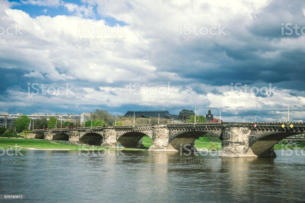 old bridge over the Elbe river, Dresden, Eastern Germany photo libre de droits