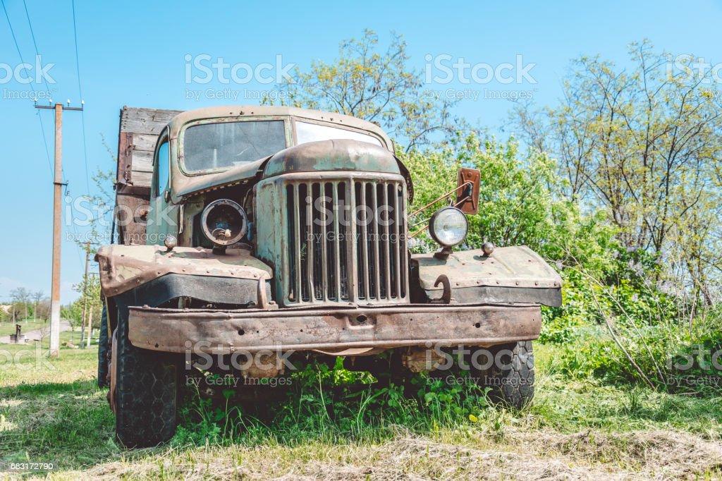 old broken truck foto de stock royalty-free