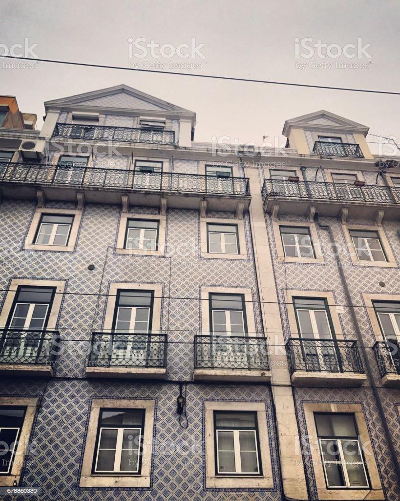 Façade de bâtiment ancien à Lisbonne, Portugal photo libre de droits