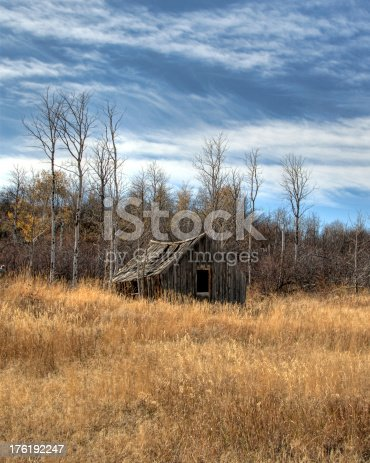 istock Old Cabin 176192247