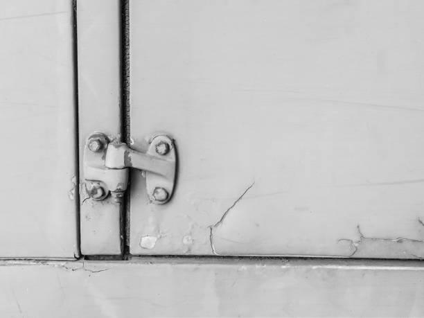 old car door - ronaldo imagens e fotografias de stock